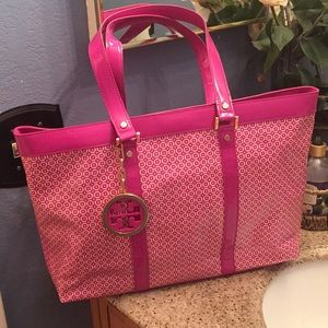 🌟TORY BURCH- AUTHENTIC PINK PATENT LEATHER TOTE